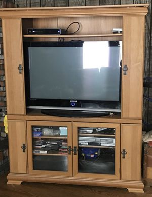 Tv entertainment center for Sale in Warrenville, IL