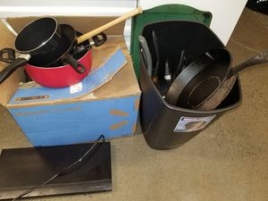 Misc kitchen stuff. Pots pans utensils cooking ware for Sale in Rahway, NJ