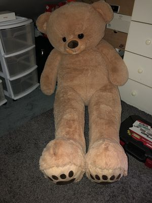 Giant 5ft teddy bear for Sale in Point Lookout, NY