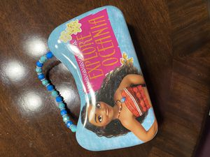 Moana Girls Metal Lunch Toy Purse for Sale in Miami, FL