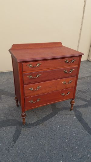 Dresser for Sale in Modesto, CA