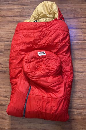 The North Face Adult Sleeping Bag for Sale in Los Angeles, CA