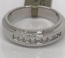 Men's Solid 14k White Gold Diamonds Wedding Ring for Sale in Boynton Beach,  FL