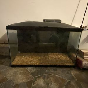 Marineland 29 gallon fish tank with accessories for Sale in Raleigh, NC