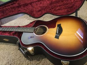 6 String Taylor Acoustic Electric 214 SB with Hardcase for Sale in Rancho Palos Verdes, CA
