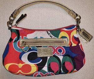 Coach Signature Daisy Poppy Pop C Graffiti Demi Crossbody Bag F20039 for Sale in Chandler, AZ