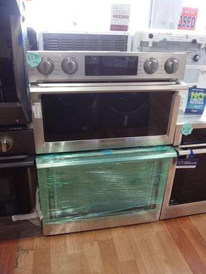 NEW SAMSUNG MICROWAVE OVEN COMBINATION for Sale in Pomona, CA