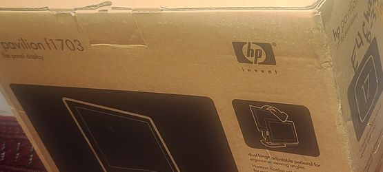 """HP Pavillion 17"""" Monitor with Speakers for Sale in West Palm Beach,  FL"""