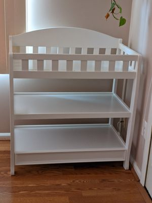 Infant changing table for Sale in Columbia, MD