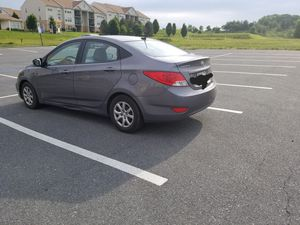 Hyundai accent 2013 sedan GLS for Sale in Frederick, MD