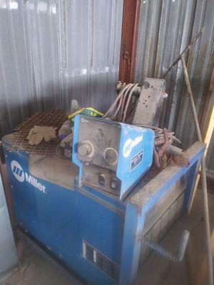 Miller Dimensions 652 / 3 phase Welder for Sale in Dallas, TX