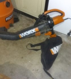 Worx Lawn And Leaf Blower/Vac With Bag for Sale in San Antonio,  TX