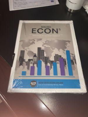 macro econ 5 textbook for Sale in Weslaco, TX