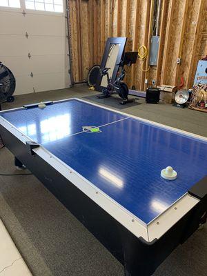 Dynamo arcade air hockey table for Sale in Lodi, CA
