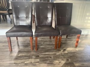 Kitchen table chairs for Sale in Sterling Heights, MI