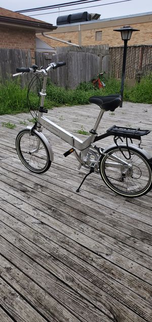 """Brand new Giant folding bike..20"""" for Sale in Niles, IL"""