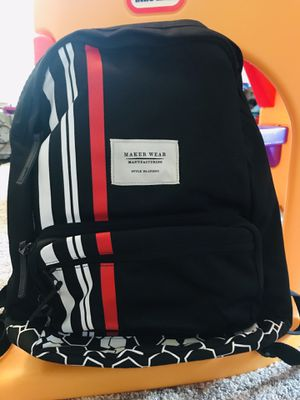MAKERWEAR Backpack for Sale in Haltom City, TX
