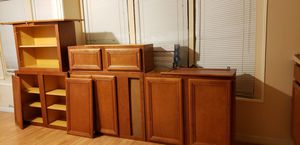 kitchen gabinets. for Sale in TWN N CNTRY, FL