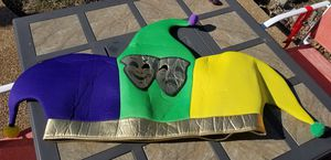 MARDI GRAS PARTY COSTUMES, MASK, BEADS, JESTERS HAT, BOAS ETC. for Sale in Imperial, MO