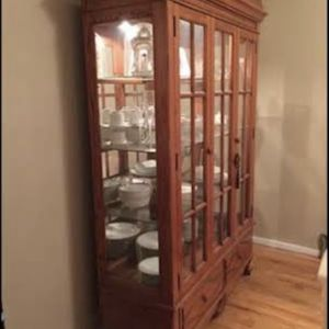 China Cabinet / Closet Free for Sale in Paterson, NJ