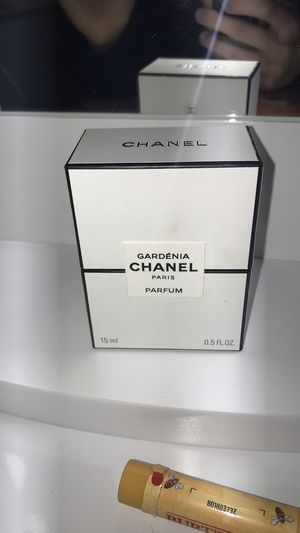 CHANEL Gardénia perfume for Sale in Bloomingdale, IL