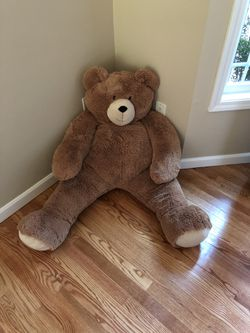 Vermont 4' Large Stuffed Teddy Bear for Sale in Hillsboro,  OR