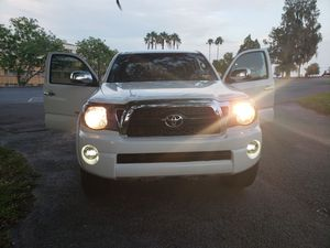 Price Reduced - Excellent Condition 2011 Toyota Tacoma for Sale in Dade City, FL