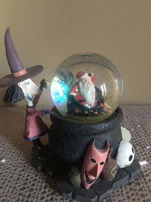 Nightmare Before Christmas Lock, Shock and Barrel Snowglobe for Sale in Pittsburgh, PA