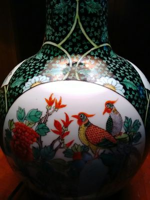 Antique Chinese Porcelain Vase Lamp for Sale in Dallas, TX