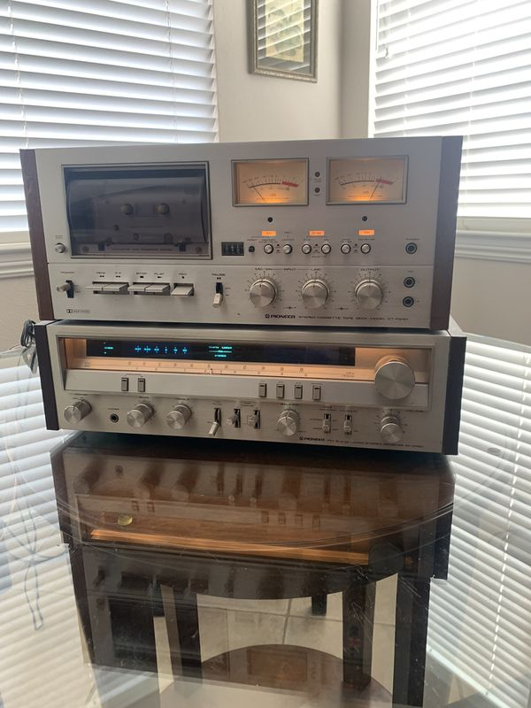 Pioneer CT-F9191 vintage stereo cassette tape deck.