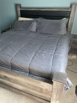 King 4pc bedroom set for Sale in Orange, CA