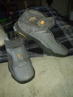 Men's Nike hightop tennis shoes for Sale in Wichita, KS