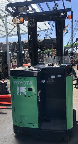 Second hand electric forklift for Sale in Fullerton,  CA