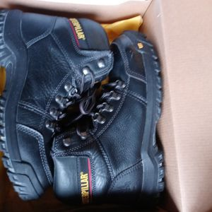 Men's Sneakers Caterpillar Work Boots Steel Toe Mens Size 10 Brand New In Box for Sale in Fort Lauderdale, FL