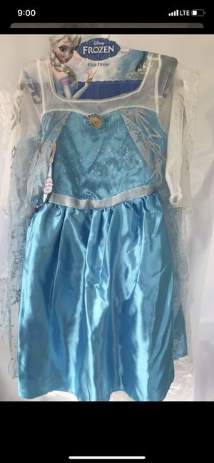 Elsa dress 👗 size 4-6x ages 3+ for Sale in Inglewood, CA