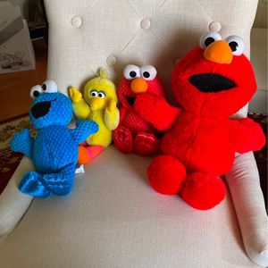 Sesame Street Plush Like New for Sale in Columbia, MD