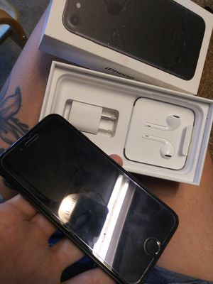 Iphone 7 like new 200 for Sale in Riverview, FL