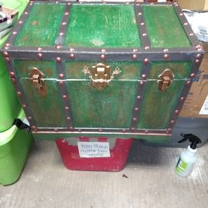 A vintage trunk wood for Sale in North Little Rock, AR
