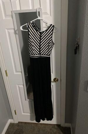Striped maxi dress for Sale in Las Vegas, NV