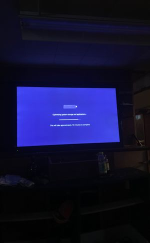 60 inch Haier Tv for Sale in Detroit, MI