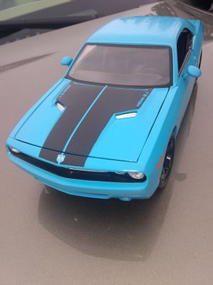 MAISTO 2006 DODGE CHALLENGER CONCEPT LIGHT BLUE TOY VECHILE COLLECTIBLE for Sale in Tacoma, WA