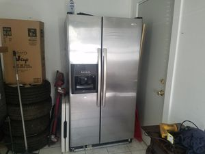 Whirlpool refrigerator for Sale in Temple, PA