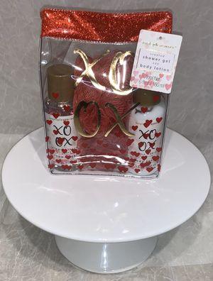 Valentines Gift Set for Sale in Gaithersburg, MD