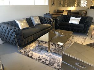 2pc luxe Contemporary black velvet sofa And loveseat for Sale in North Bethesda, MD