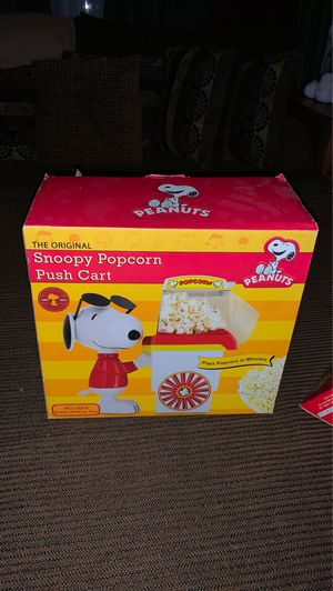 NIB: Peanuts Collection: Snoopy Popcorn push cart for Sale in Eau Claire, WI