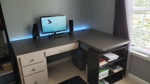 L shaped desk for Sale in Spring Hill, TN