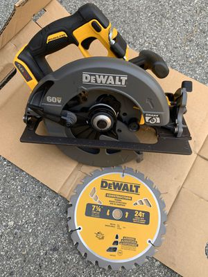 Dewalt Flexvolt Circular Saw. (TOOL ONLY) for Sale in San Jose, CA