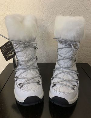 Girls Kids Winter Waterproof Boots Bearpaw - BRAND NEW for Sale in Coral Gables, FL