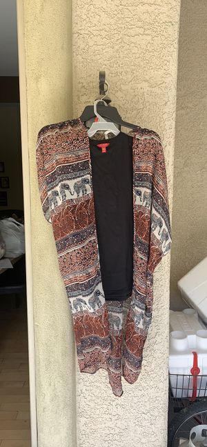 Live 4 Truth women tunics size large for Sale in Las Vegas, NV