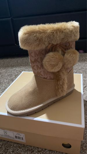 Michael Kors toddler boots for Sale in Orange, CA
